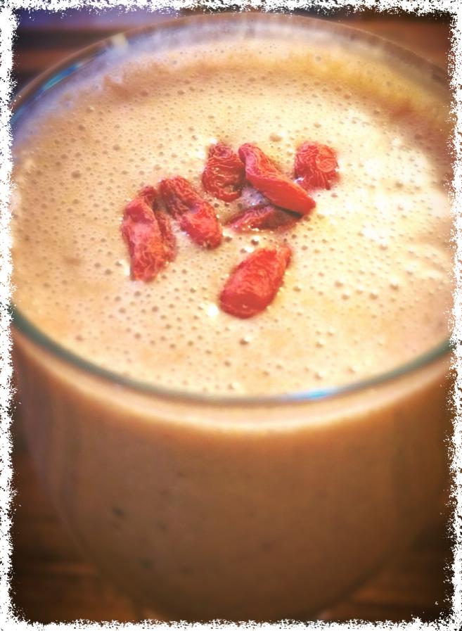 Banana berry smoothie, berry smoothie, vegan, gluten free, arbonne